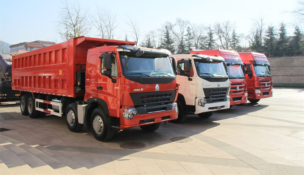 SINOTRUK HOWO A7 6X4, 8X4 DUMP TRUCK SPECIFICATIONS & PRICES.