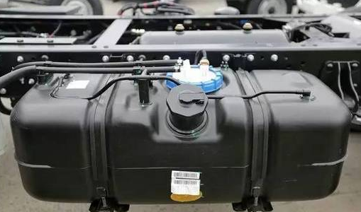 Why Do MostTrucks Now Use Aluminum Alloy Fuel Tanks? #4