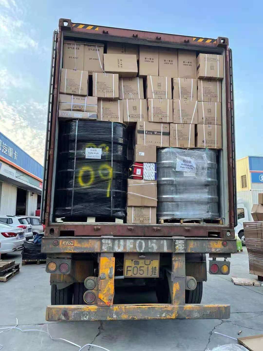 howo truck parts shipped in 40hq container in july. #2